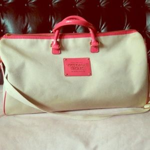 """Victoria Secret """"The Sexiest on Earth"""" duffle bag"""
